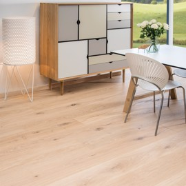 Eg Country Børstet Hvid Ultramat lak 220mm<br/ > Timberman Wideplank